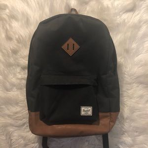 Black Herschel Heritage Backpack